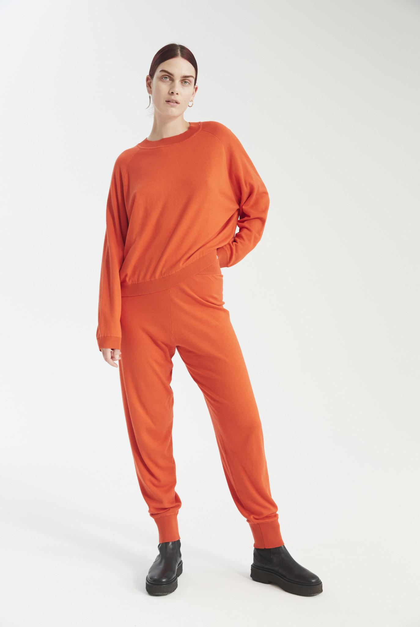 Kelly knit bright orange