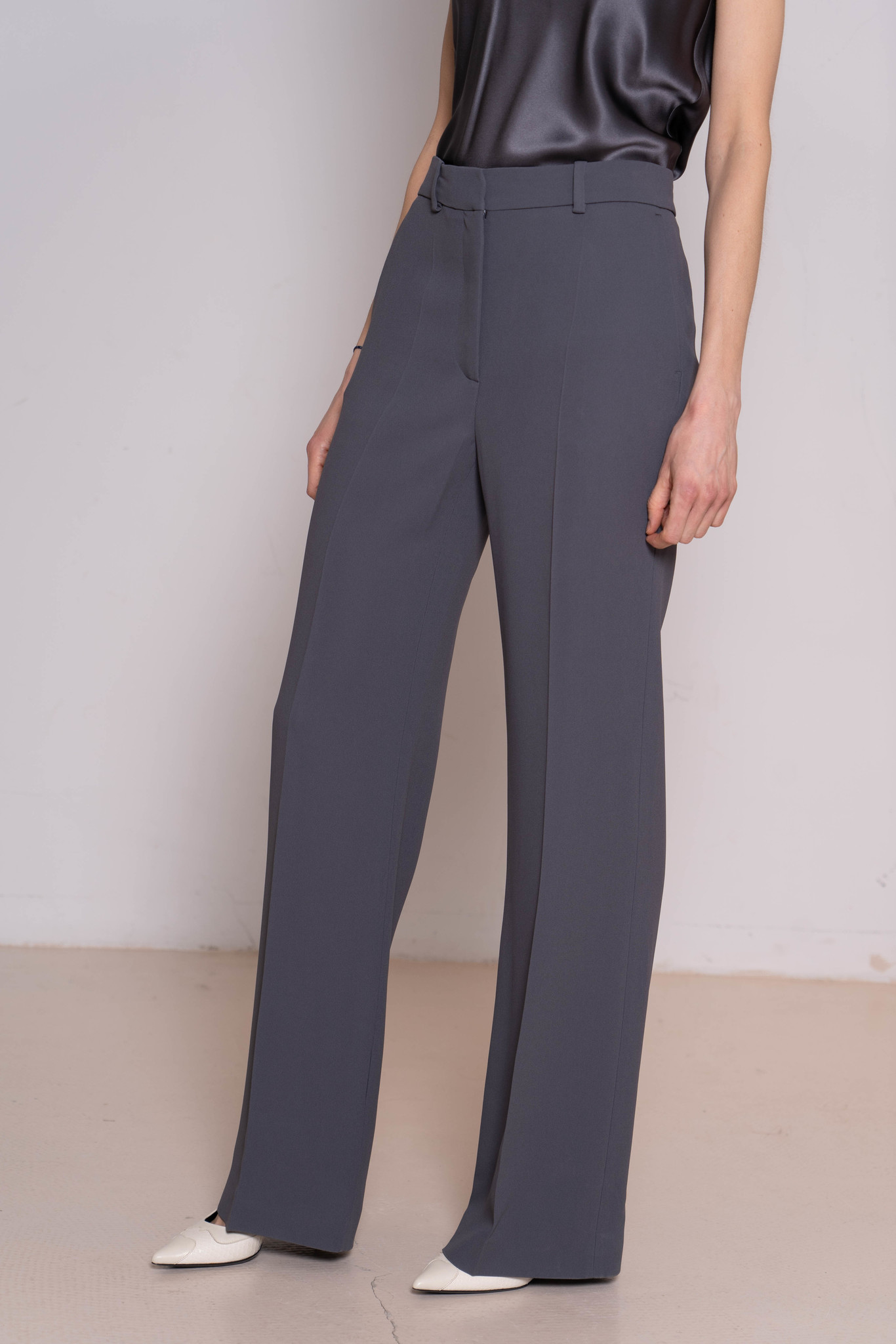 Morissey New Cady trousers capers