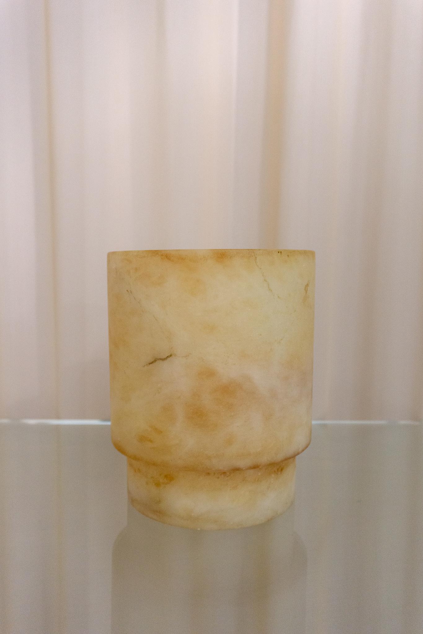 Alabaster Tlight holder L amber