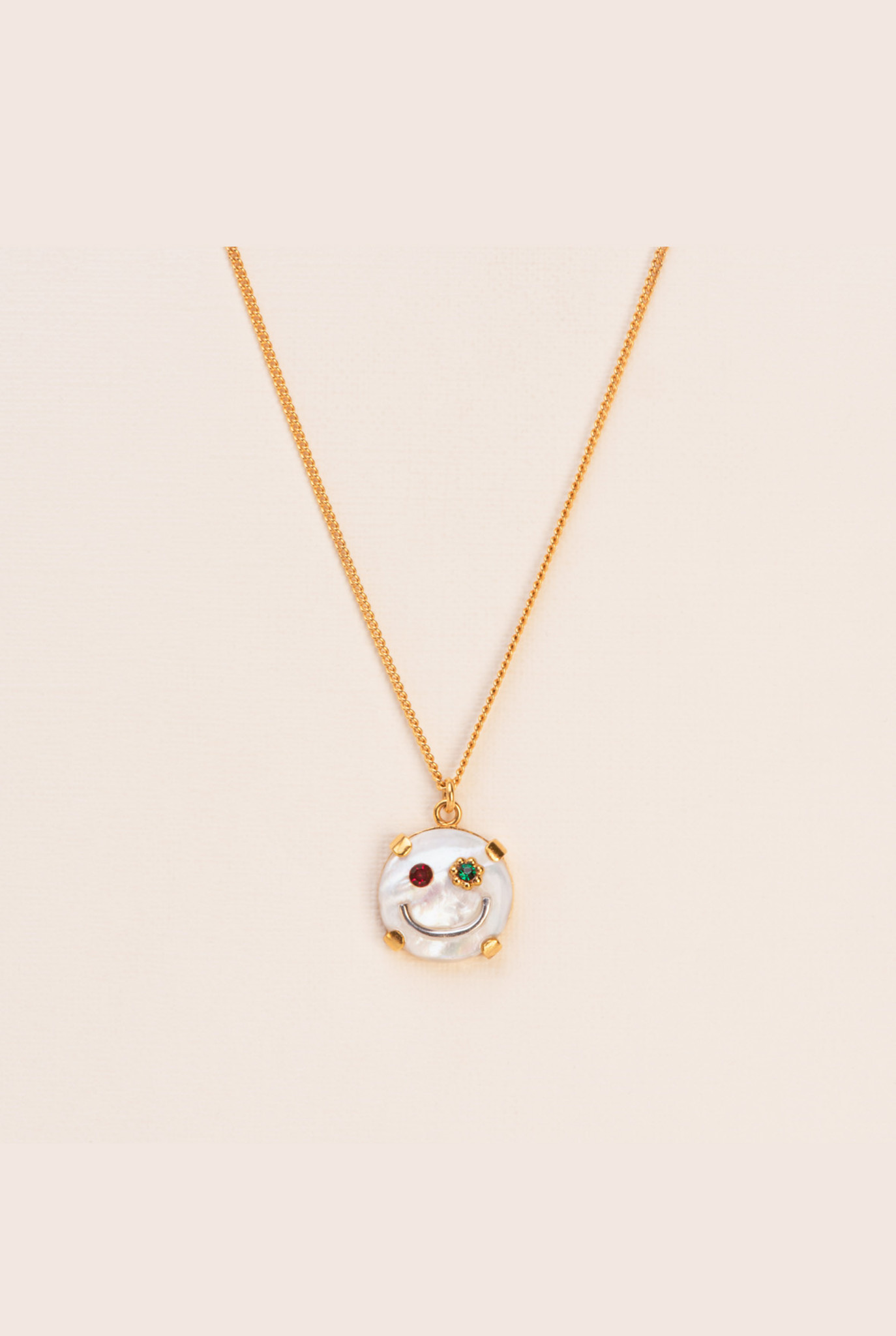 Fine smiley nacre necklace gold plated silver