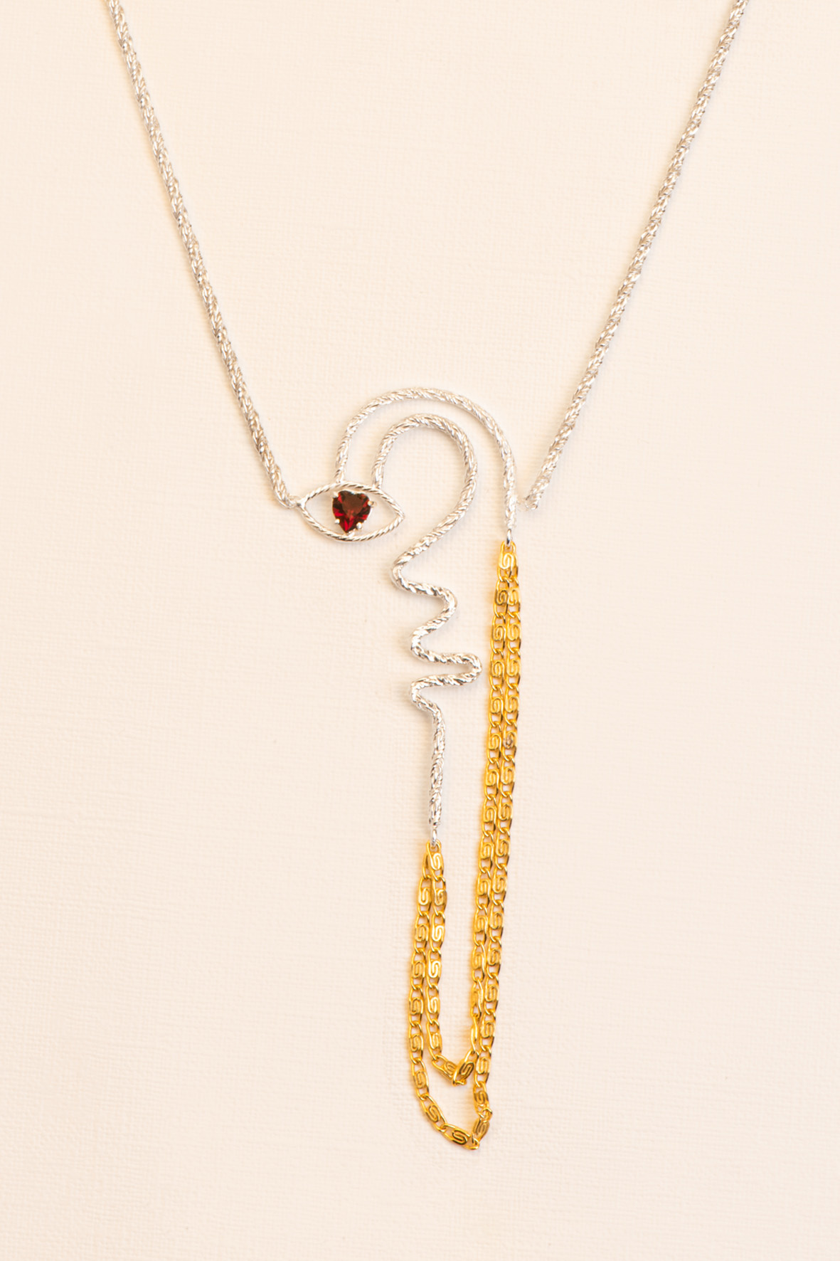Statement necklace with garnet detail