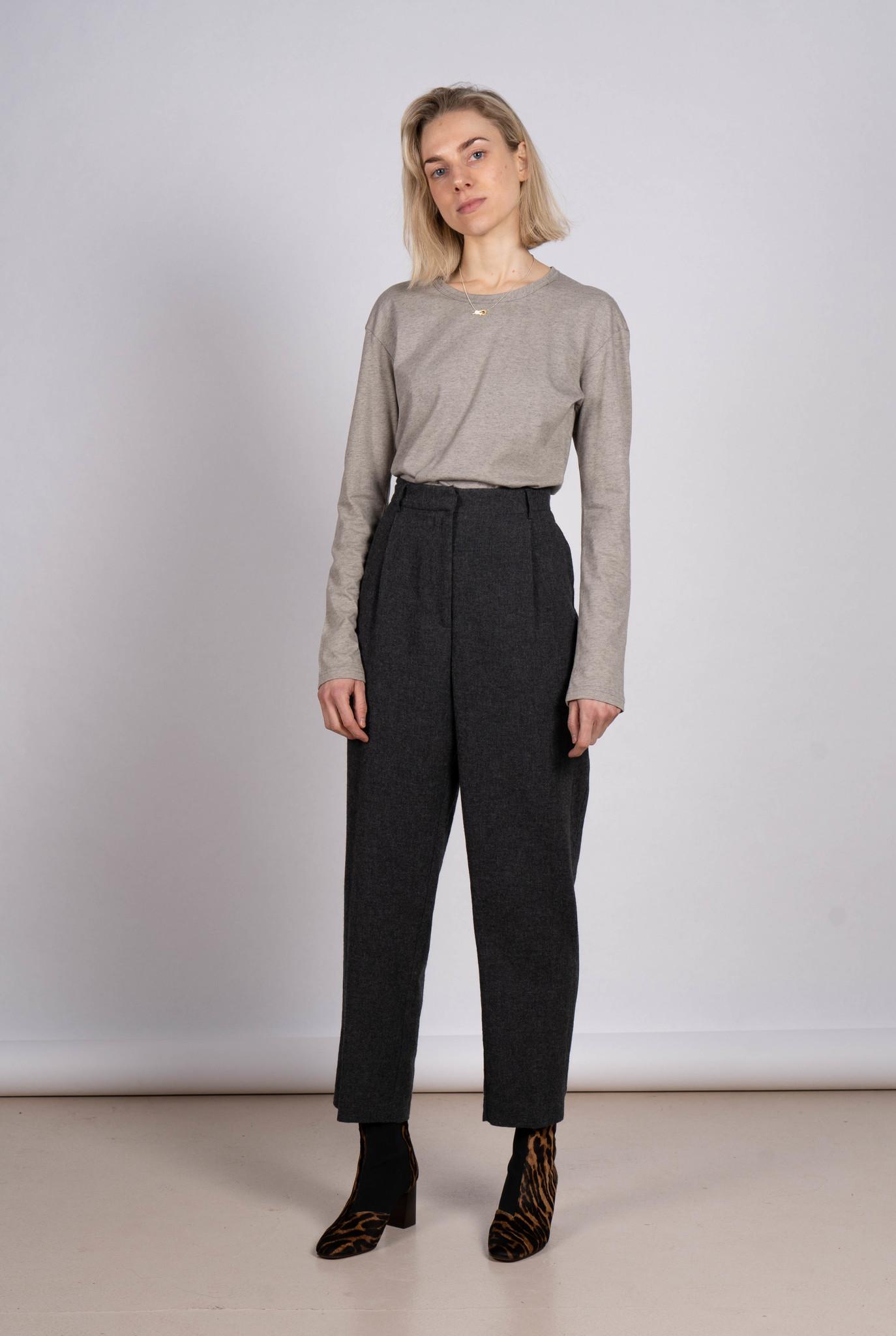 Pleated Trouser Dark Grey