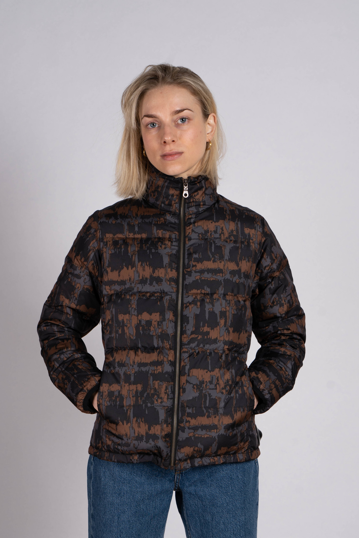 Down jacket brown print