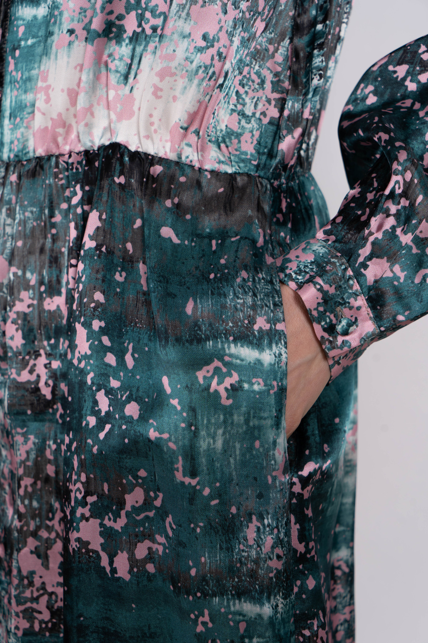 Print dress green pink