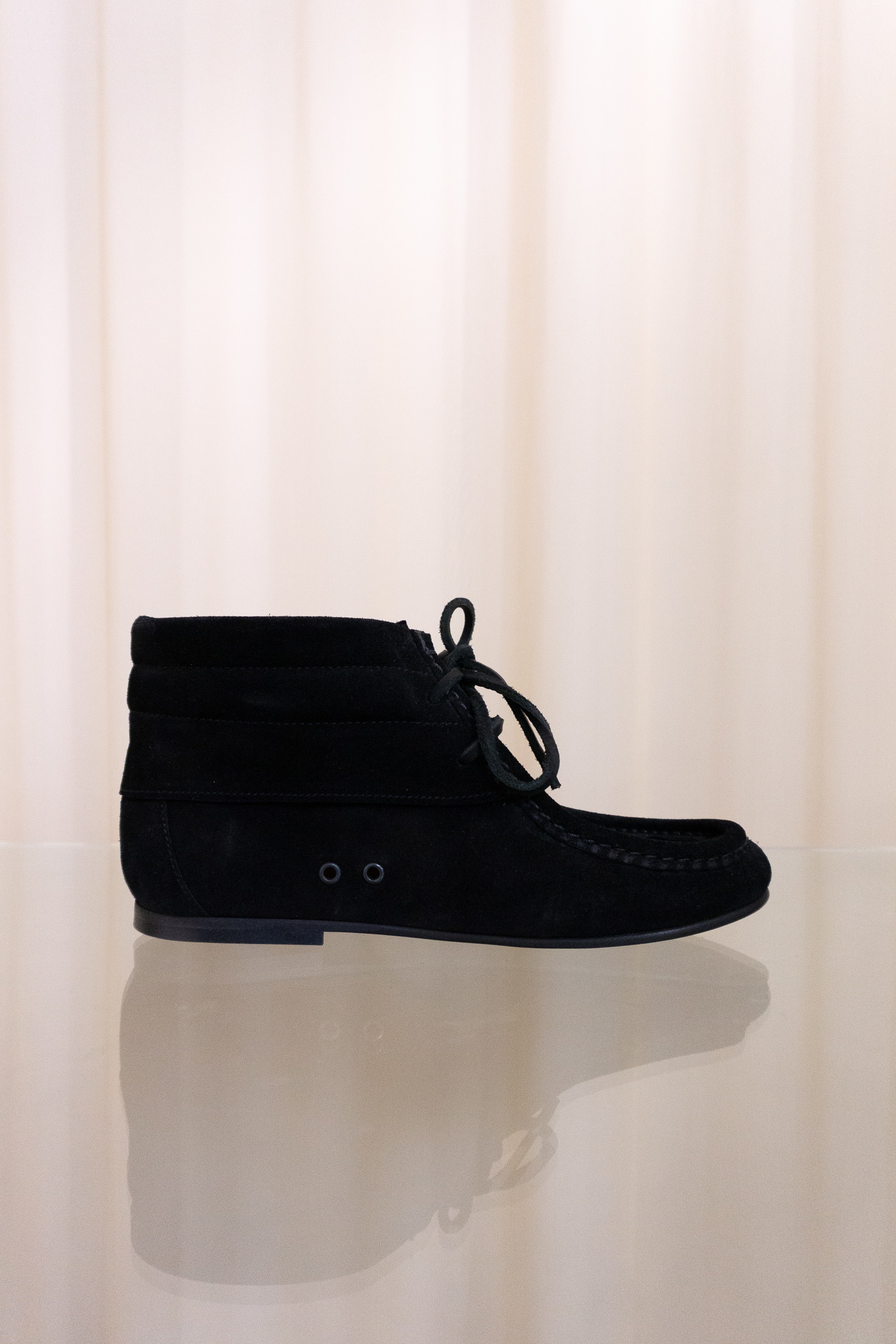 Mock shoes black