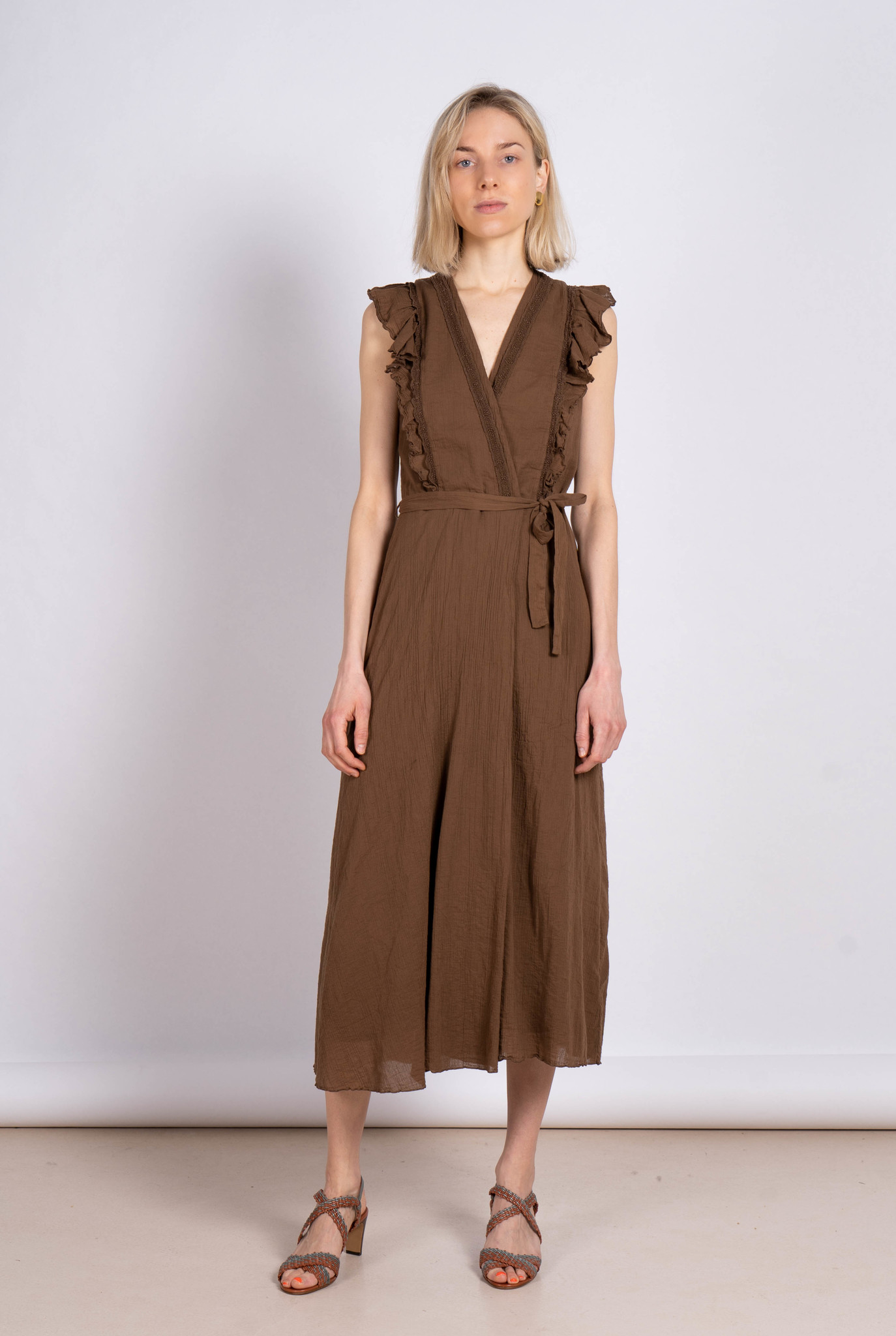 Embroidered Long Dress Chocolate