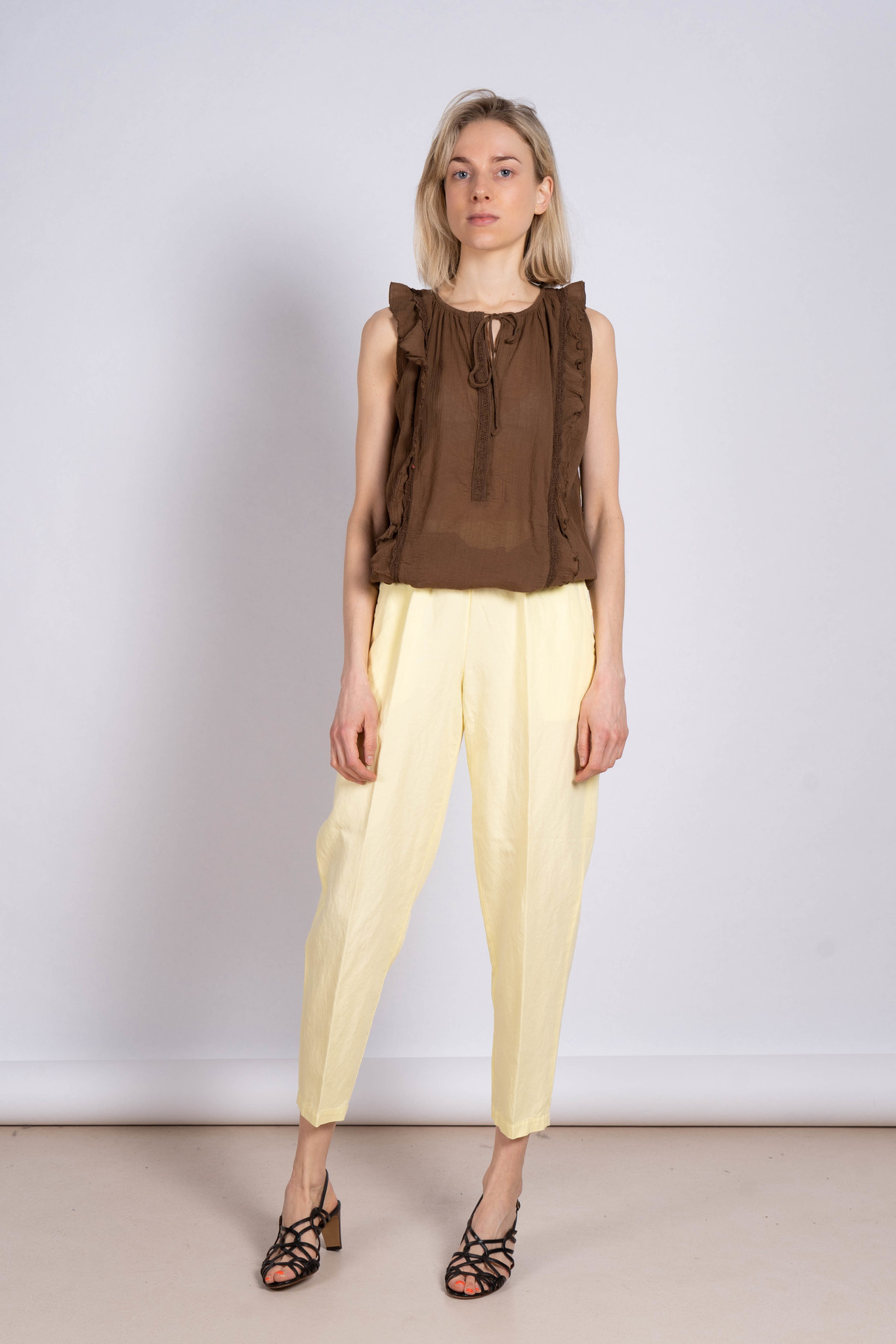 Embroidered Sleeveless Top Chocolate