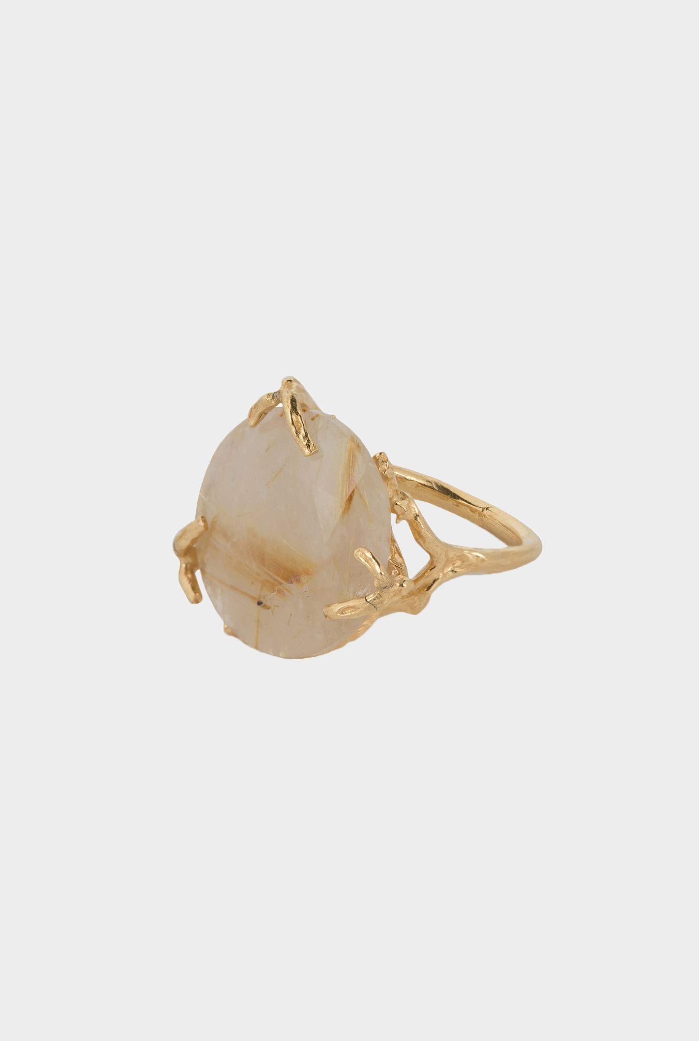 Big rutilated quartz branches ring goldplated