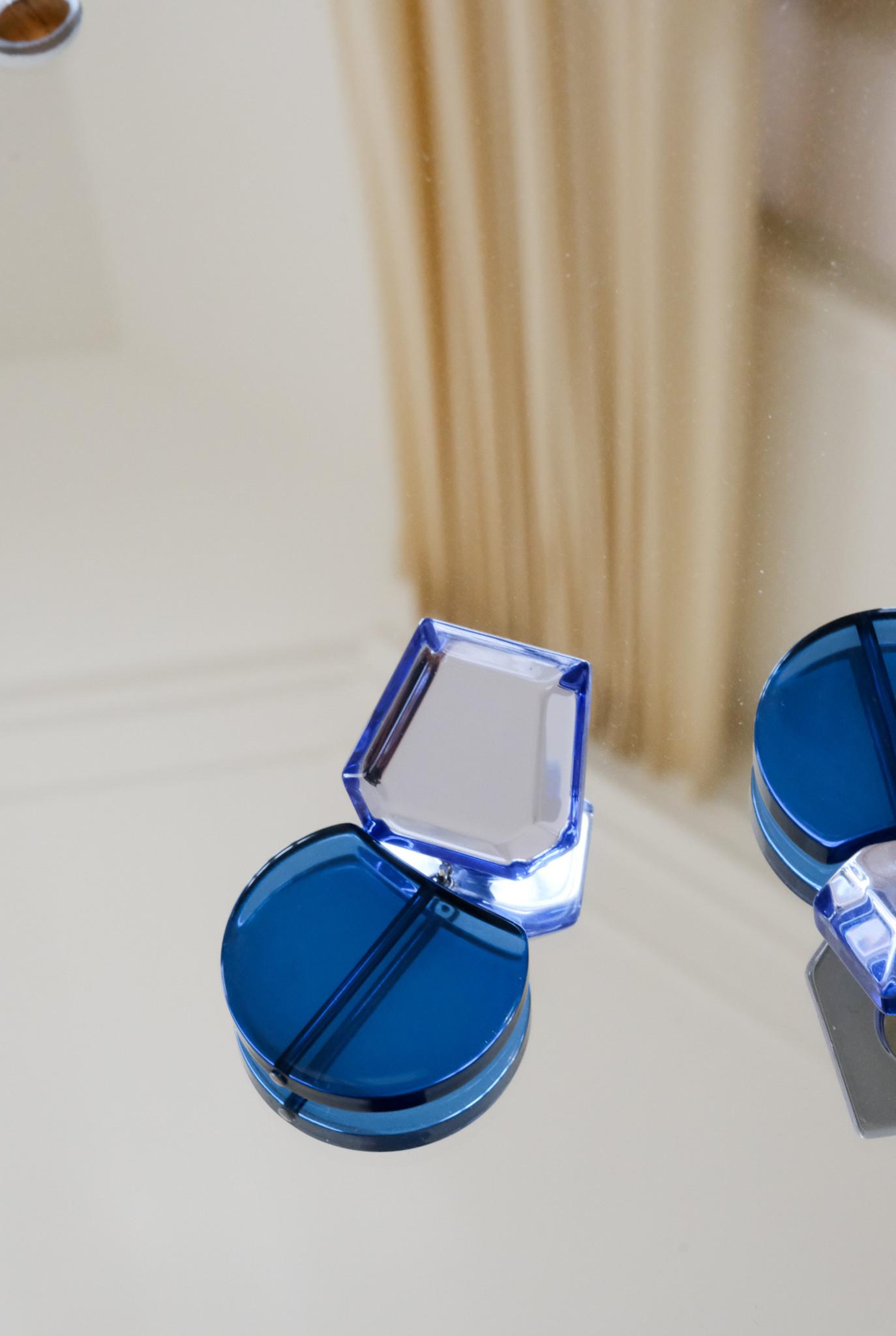 Delmano earring Clear blue