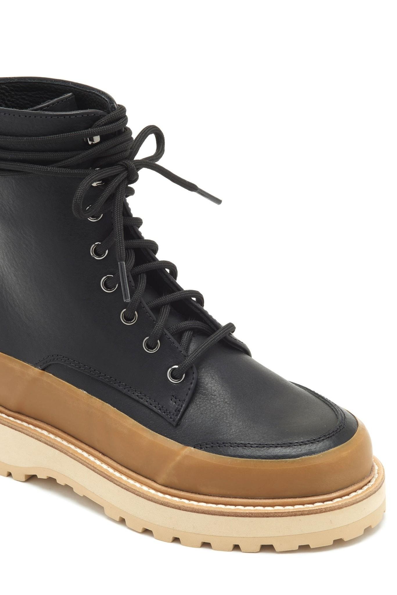 Etna boot Raven