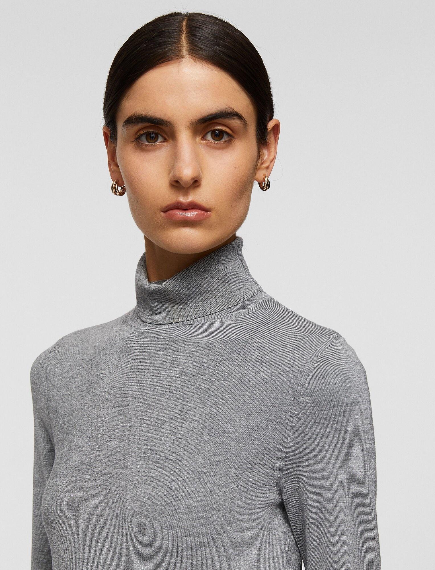Turtle Nk Silk Stretch sweater Smoked pea