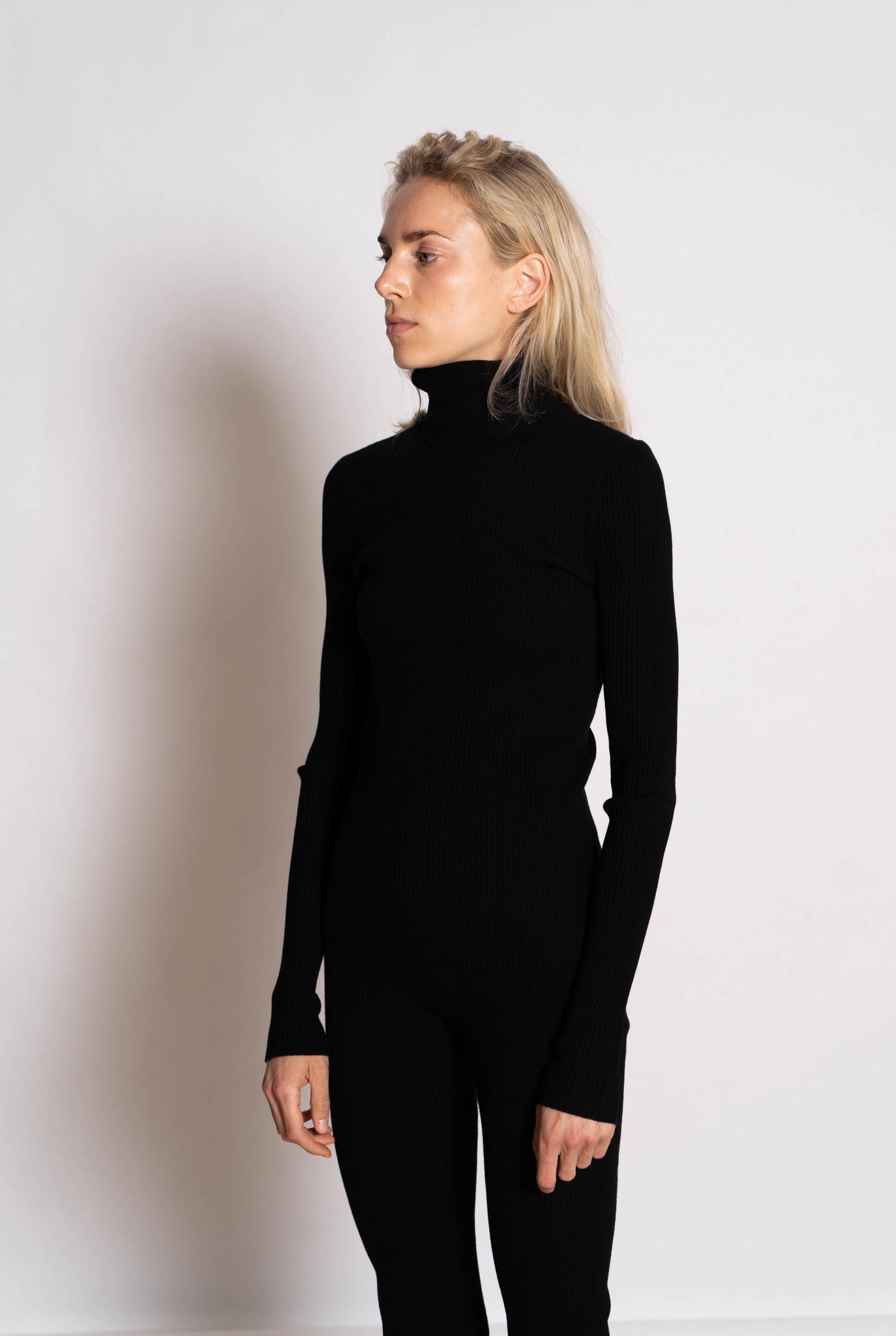Roll neck sweater merino wool rib