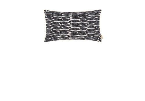 Pom Amsterdam Feathers kussen - black 30 x 50