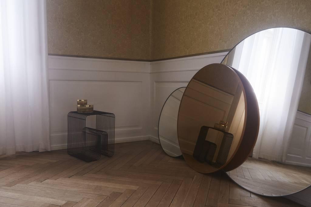 Ronde Zwarte Spiegel : Circum ronde spiegel helder glas zwart vida design