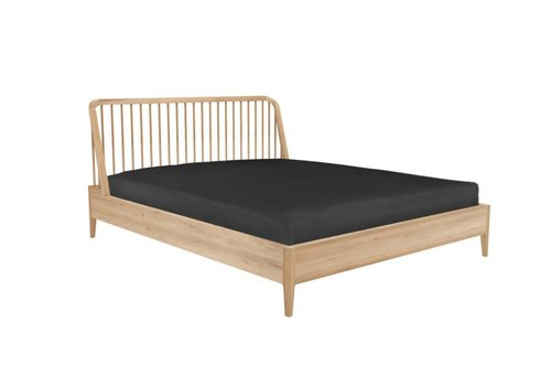 Ethnicraft Spindle bed eik