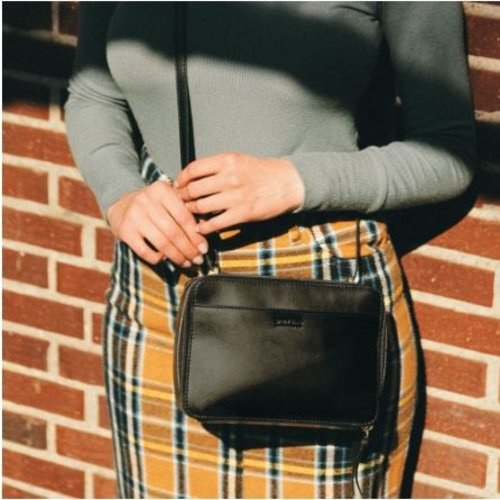 O My Bag Bee's Box Tas black classic leather