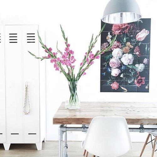 IXXI IXXI wanddecoratie - Stilleven met bloemen in een glazen vaas