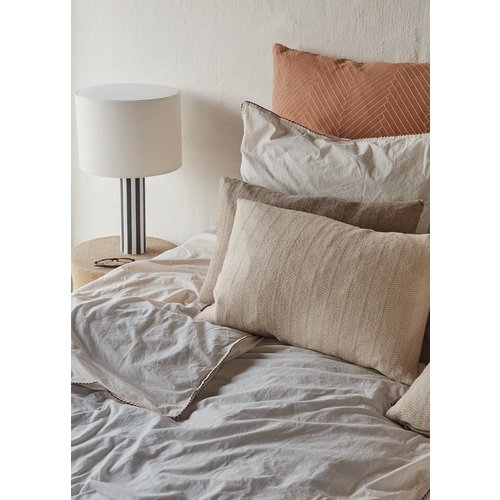 OYOY Living Design Toppu tafellamp