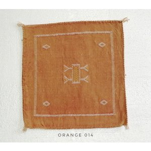 Chabi chic Kussen oranje cactuszijde 50 x 50