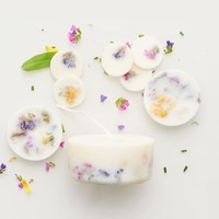 Wild flowers sojawas rondes + mini kaars rozengeur giftbox