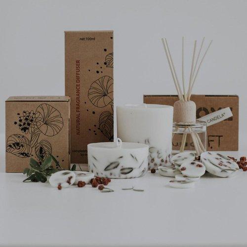 the Munio Ashberries & bilberry sojawas rondes en mini kaars lavendelgeur giftbox