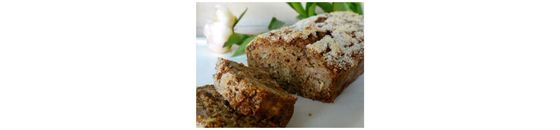 Banana bread with apple and spelled flour