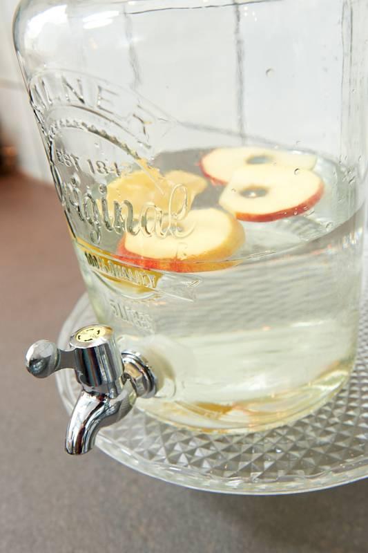 Groot stuk ijs voor een koud drankje van Jessica Mendels