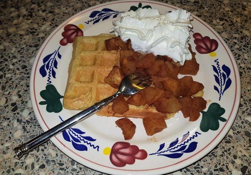 Apple pie waffles a la Sandra