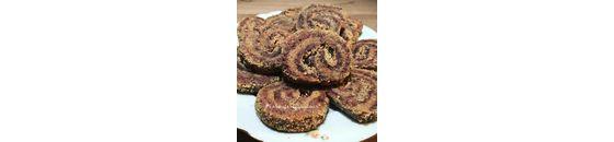 Nuts rolls from Maaike