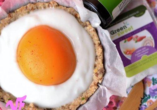 Vegan 'spiegel ei' met een dikke vette knipoog
