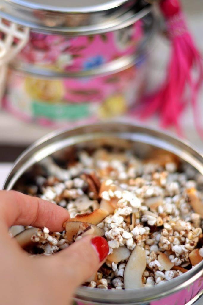 puffed buckwheatwithcoconutflakespecansandcacoaonibs-683x1024.jpg