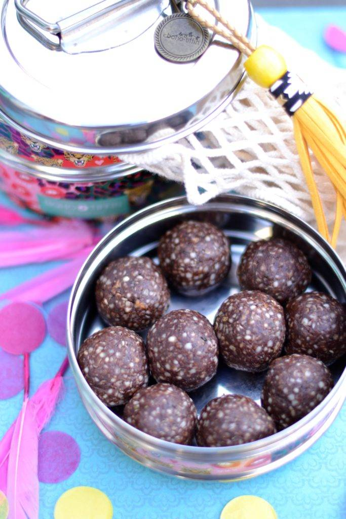 peanutbutterchocolateballs 2.jpg