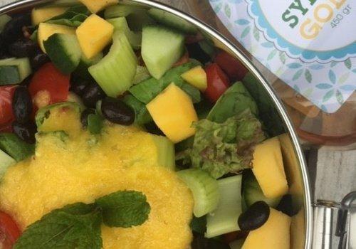 Salade met zwarte bonen