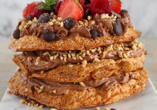 Koolhydraatarm chocolade hazelnoot schuimgebak