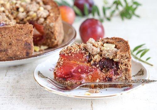 Gluten-free plum crumble cake