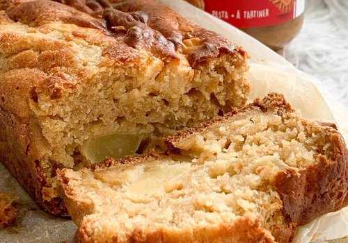Apple BISCOFF cake