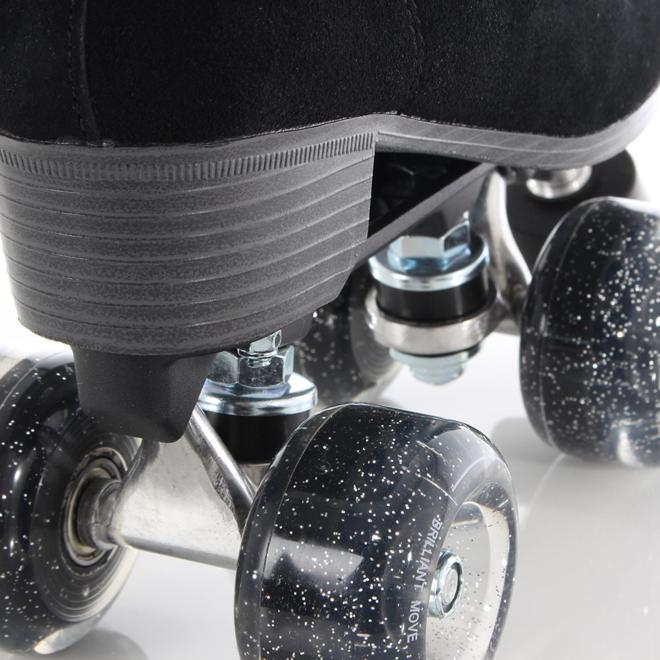 Luna skates Black Shadow