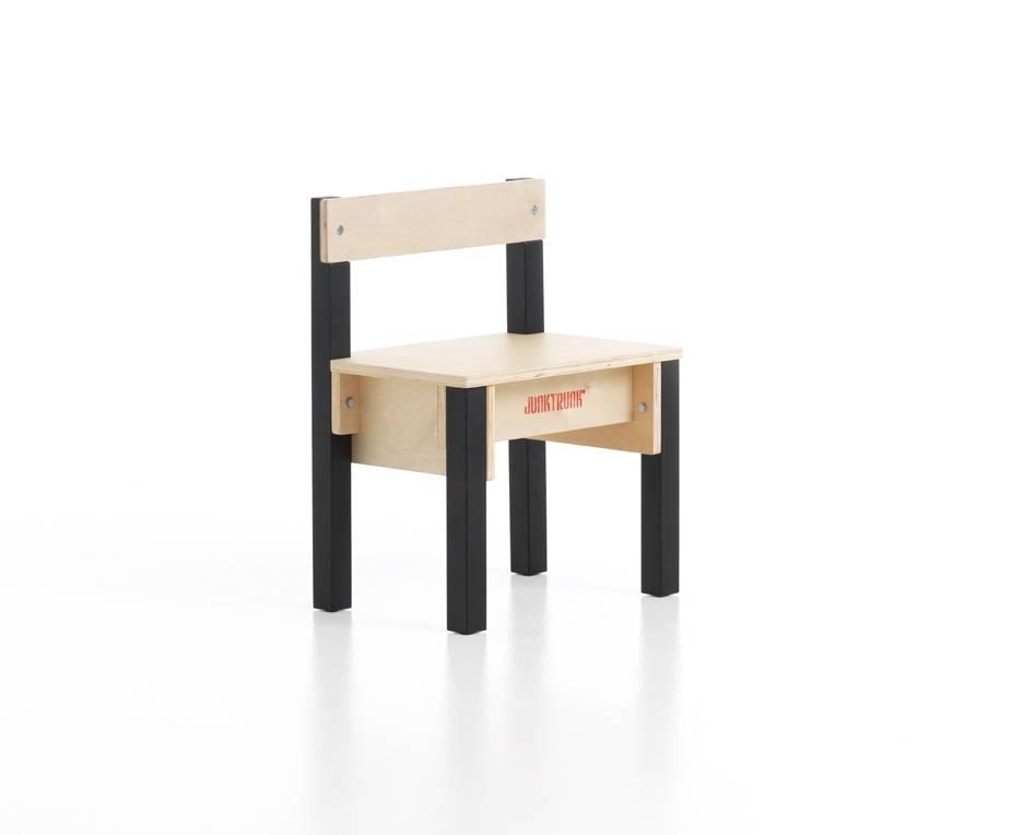2 Houten Kinderstoeltjes Te Koop.Aanbieding Houten Kinderstoeltjes Van Sebra Homingxl Petex Kopen