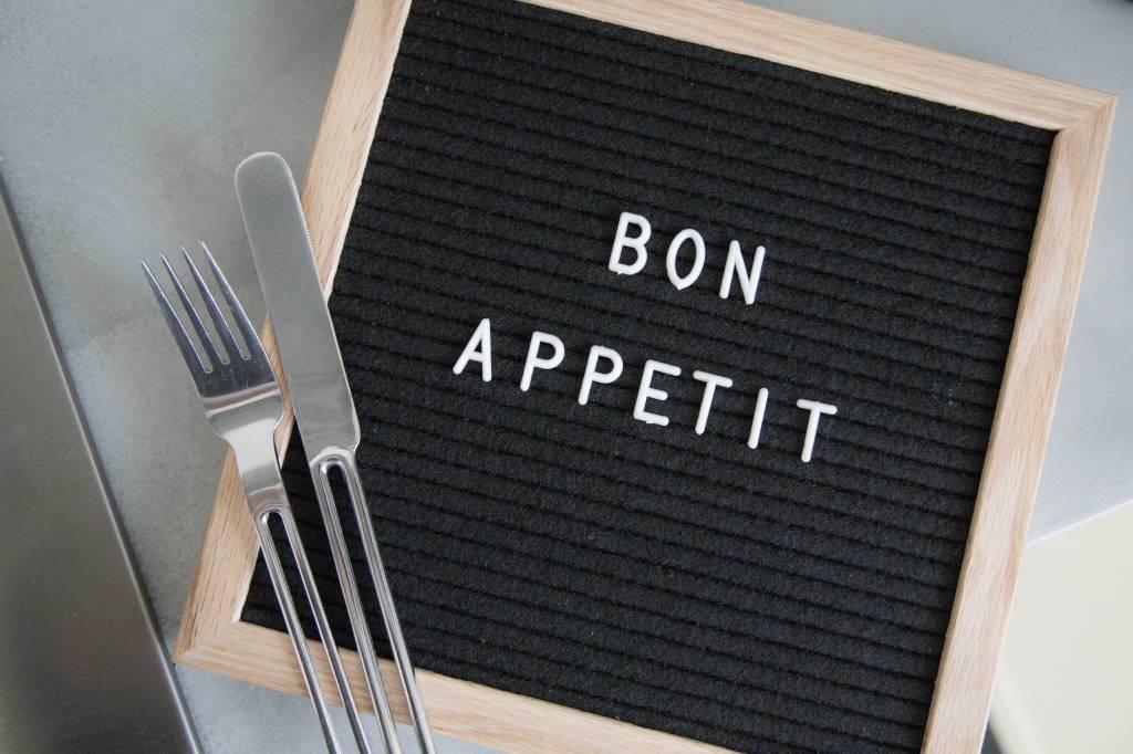Letterbord zwart met eiken kader - Ledr