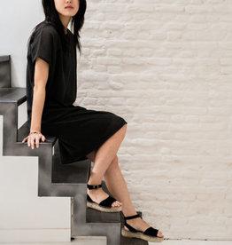 Fijngebreid luchtig jurkje -off black - Zusss