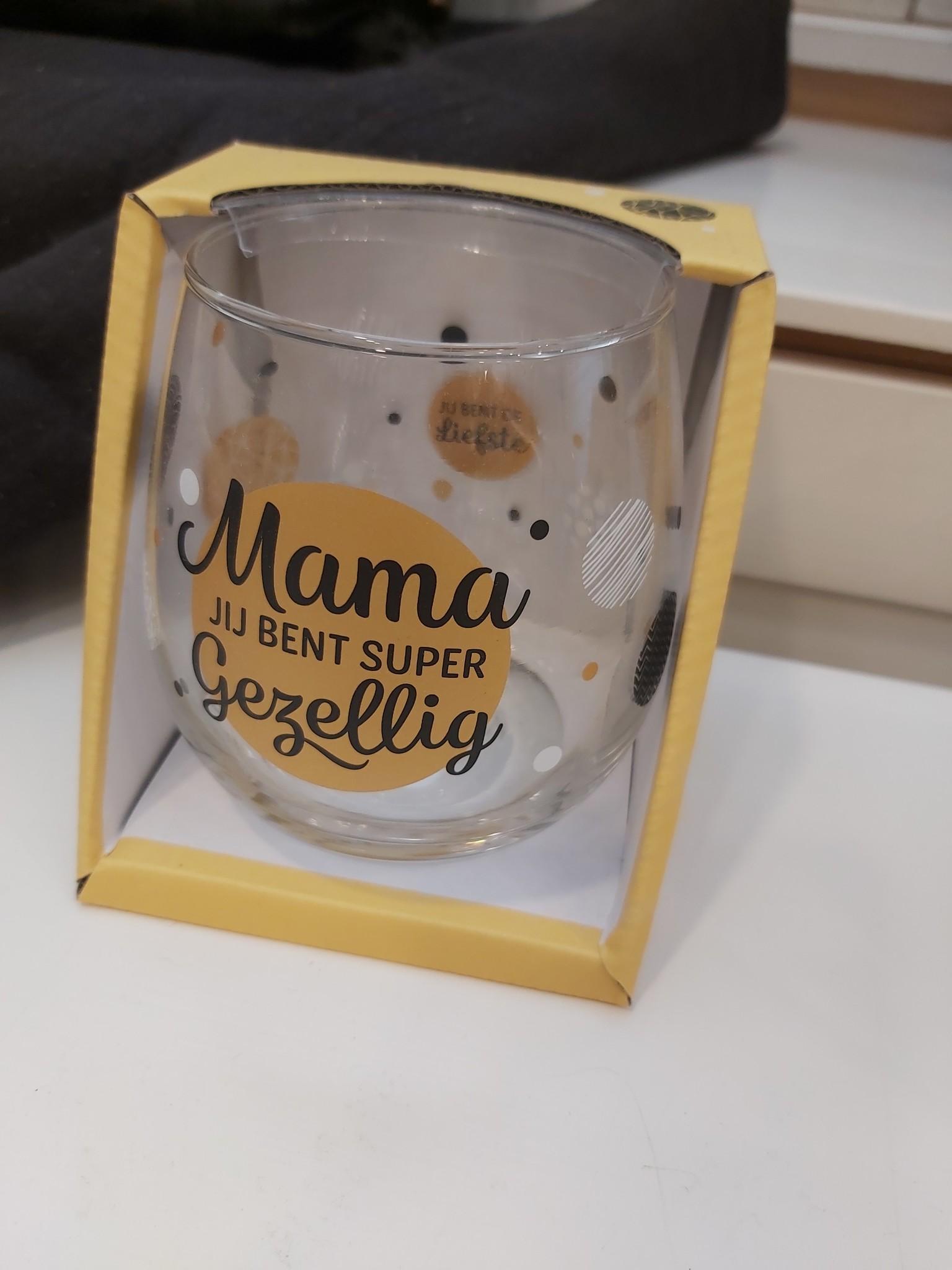 Glas Proost Mama