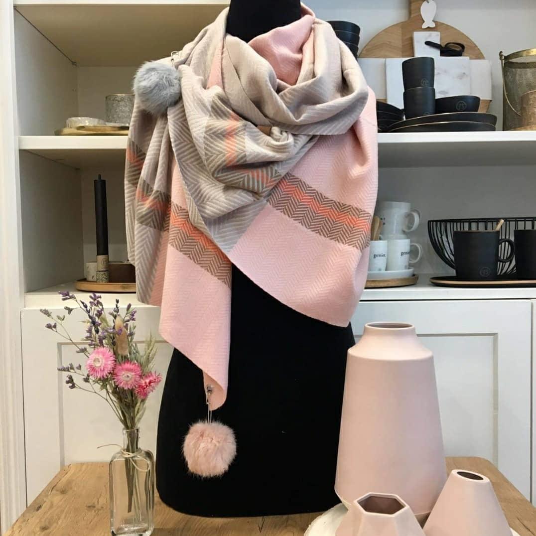 Sjaal met pompons - Roze