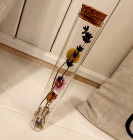 Lang  buisje met fleurige droogbloemen 21cm