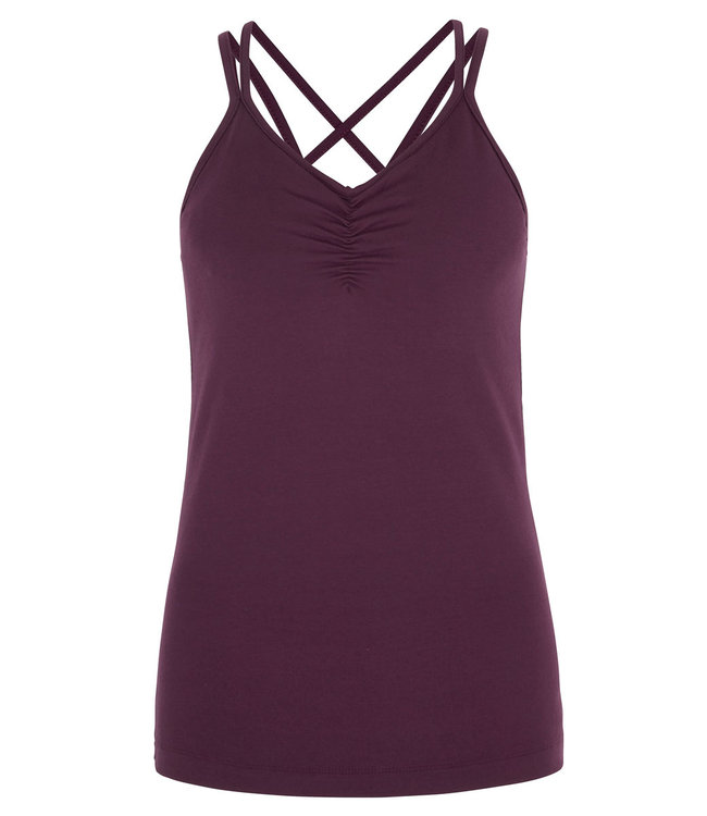 Asquith Yoga Top Conquer Cami - Berry