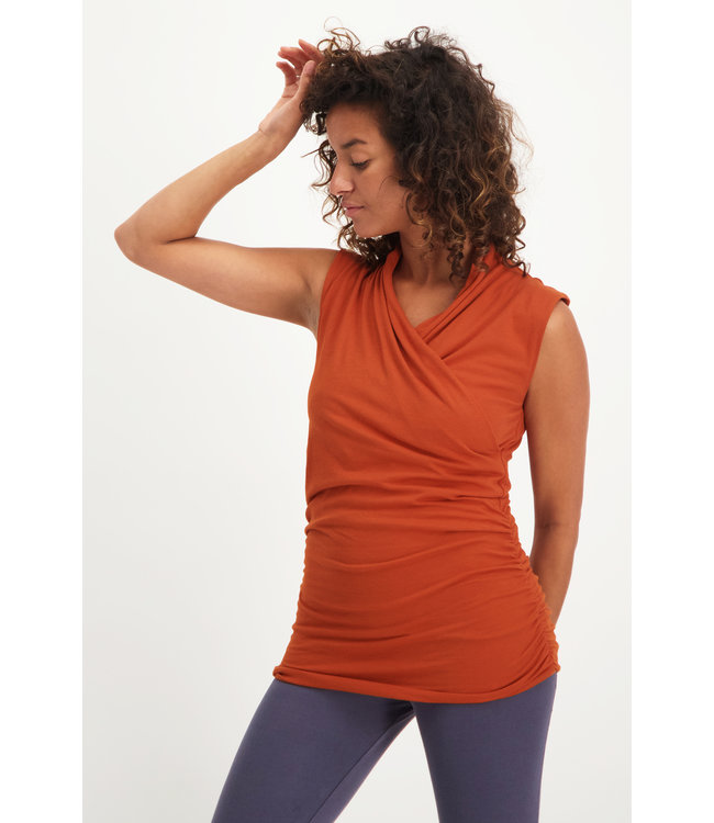 Urban Goddess Yoga Top Good Karma - Rust