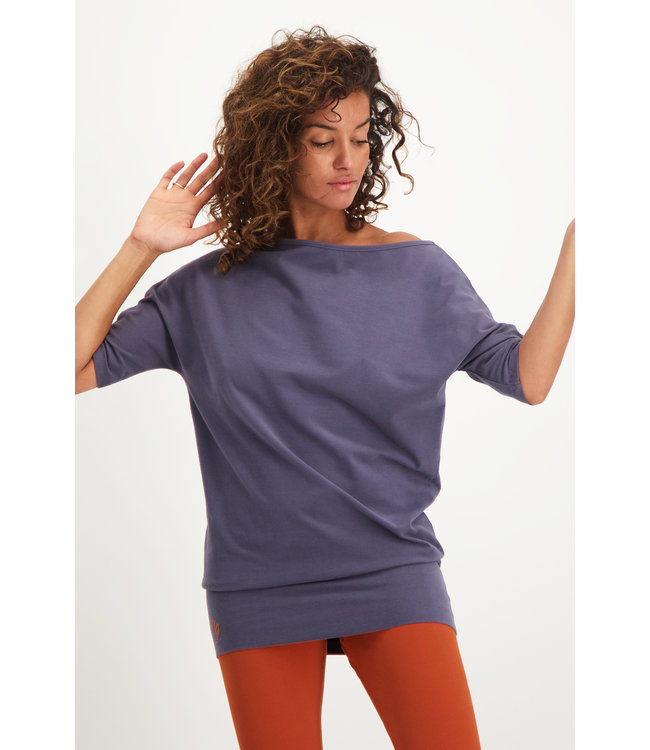 Urban Goddess Yoga Tunic Bhav - Rock