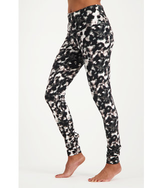 Urban Goddess Yoga Legging Satya - Pebbles