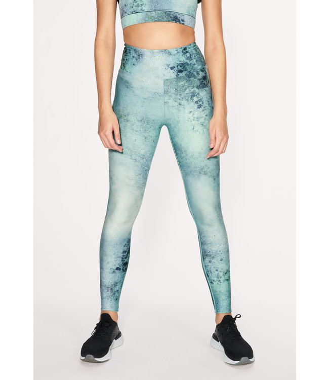 Rohnisch Flattering Keira Printed Legging - Green Space Dyed