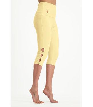 Urban Goddess Yoga Legging Shanti Capri - Honeysuckle
