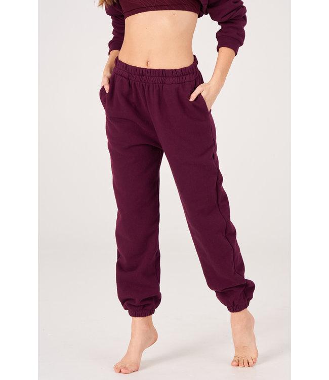 Onzie Varsity Yoga Sweatpants - Fig Fleece
